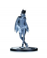 Batman Black and White Statue Batgirl by Babs Tarr